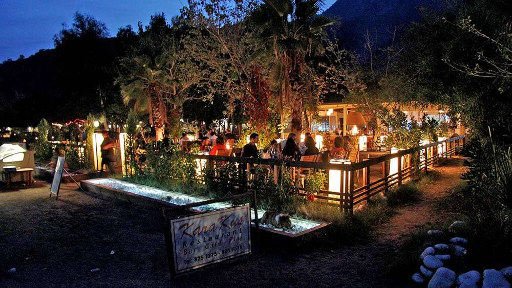 Restaurantje in Cirali
