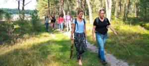 Deelnemers Outdoor Loopbaancoaching lopen in het bos