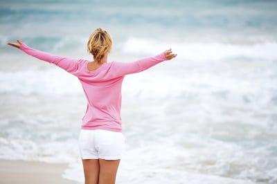 Vrouw Vitaal Aan Strand
